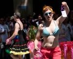 20110626-SeattlePrideParade-3751